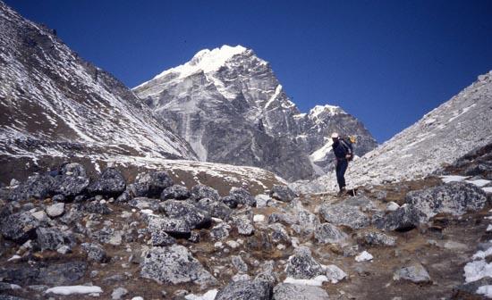 lobuje peak climbing